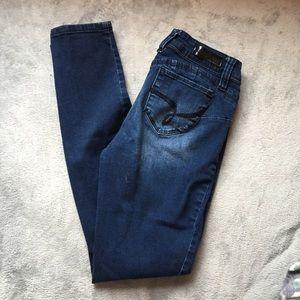 YMI Wannabettabutt? Jeans, sizes 5 and 11.
